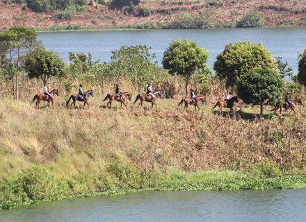 Tag 2 -Uganda Wanderritt am Nil Tag 2