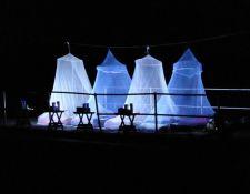 Fly Camp in der Nacht