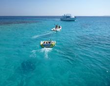 Vergnügen im und auf dem Wasser