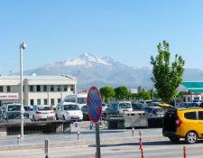 Flughafen Kayseri mit Vulkan Erciyes
