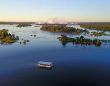 Zambezi Bootsfahrt oberhalb der Fälle
